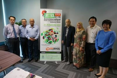 From Left: Prof. Dr. Zulkifli, Dato' Dr. Vincent, Dr. Raghavan, Tan Sri Dr Ahmad Mustaffa, Prof. Datin Paduka Dr. Aini, Jeffrey Ng and Rose Chitanuwat.