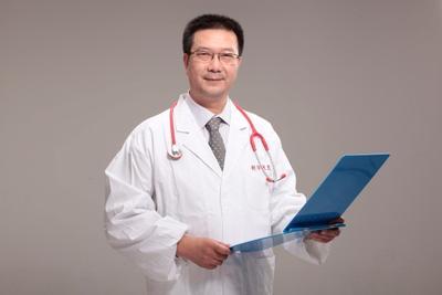 上海新华医院儿童呼吸科主任医师鲍一笑