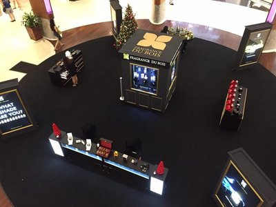 A bird's eye view: Fragrance Du Bois at Robinsons' Christmas Atrium from 11th to 17th December