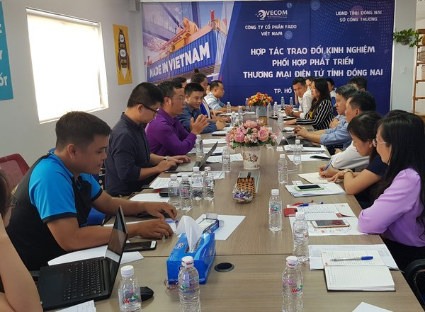 Fado.vn attending a workshop of borderless trading in southern provinces in Vietnam