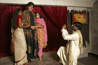 Madame Tussauds Hong Kong Features its First Bollywood Star in Asia: Amitabh Bachchan