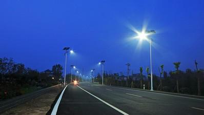 绿色可持续威廉希尔官方网站appLED太阳能路灯项目南阳竣工