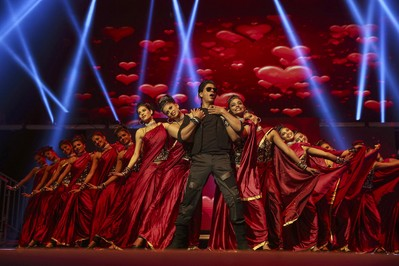 Bollywood superstar Shahrukh Khan performs in Sydney, Australia in front of a crowd of thousands during his internationally acclaimed show Temptation Reloaded.