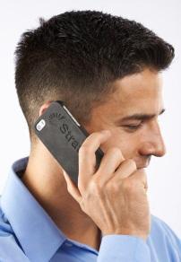 利用FDM Nylon 12 材料生产出的3D打印手机